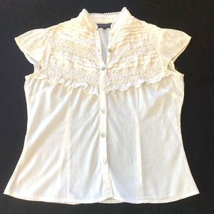Tops - Feminine cap sleeve cotton embroidered top size S
